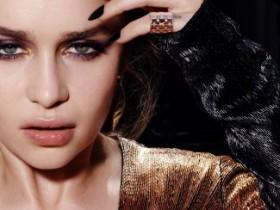 Эмилия Кларк снялась топлесс для Violet Grey (9 ФОТО)