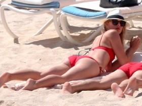 Дисквалифицированная Мария Шарапова развлекается на пляжах Мексики (44 ФОТО)