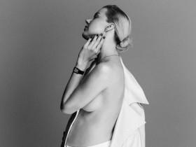 Юлианна Караулова снялась в эротической фотосессии накануне родов