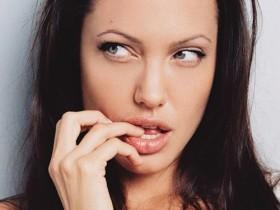 Анджелина Джоли: Фотогалерея и биография