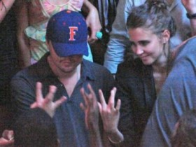 Леонардо ди Каприо и Анна Вьялицына в ночном клубе (10 ФОТО)