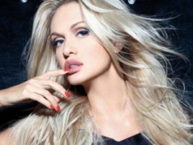 Виктория Лопырёва на обложке декабрьского Playboy (6 ФОТО)