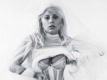 Леди ГаГа в образе распутной невесты для ноябрьского Rolling Stone (6 ФОТО)