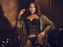 Сексапильная Меган Фокс в рекламе нижнего белья (10 ФОТО)