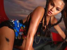 Селена Гомес в образе грязной девчонки. Певица изменилась до неузнаваемости (10 ФОТО)