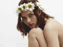 Та самая фотосессия Алеси Кафельниковой для Elle. На этот раз — целиком