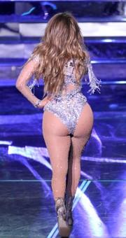 Дженнифер Лопес и ее пятая точка на концерте в Лас-Вегасе