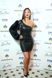 38-летняя Николь Шерзингер на церемонии BraVo International Music Awards в Москве