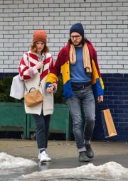 Семейная пара из «Игры престолов» Роуз Лесли и Кит Харингтон на улицах Нью-Йорка