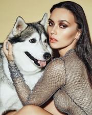 Ольга Серябкина (Holy Molly) снялась с голой грудью для журнала Glamour