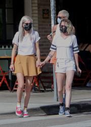 Кристен Стюарт прогулялась со своей любовницей