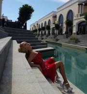52-летнюю Валерию раскритиковали за пошлое фото
