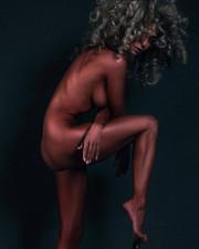 Екатерина Варнава выложила полностью голое фото