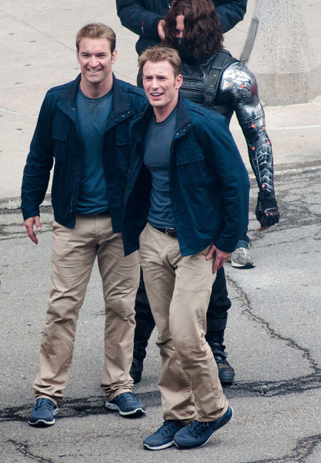 «Капитан Америка» Крис Эванс с дублером Сэмом Харгрейвом