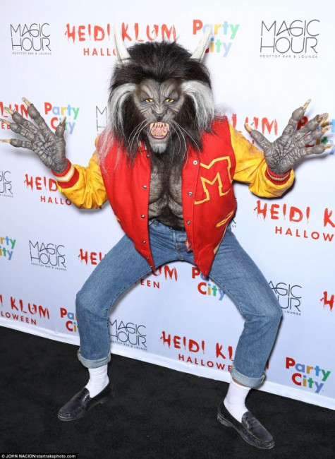 Хайди Клум в образе Майкла Джексона-оборотня из клипа «Триллер»