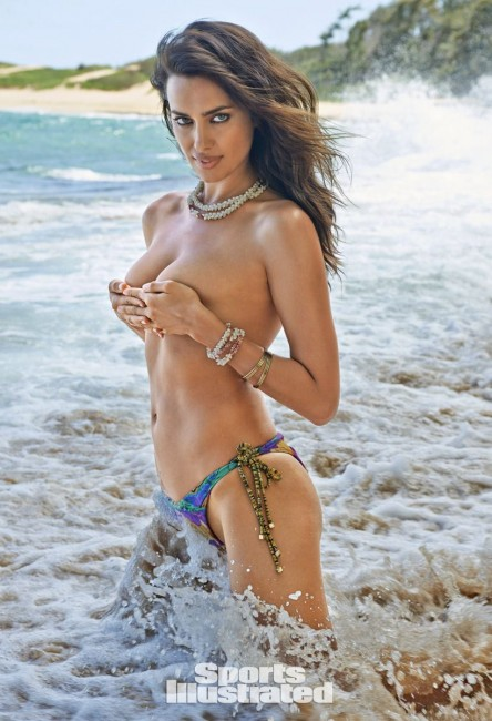 Ирина Шейк в журнале Sports Illustrated Swimsuit Issue 2015
