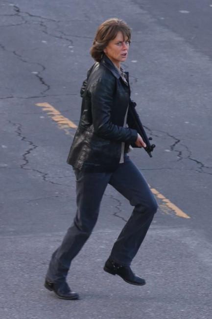 Николь Кидман на съемках фильма «Разрушитель»