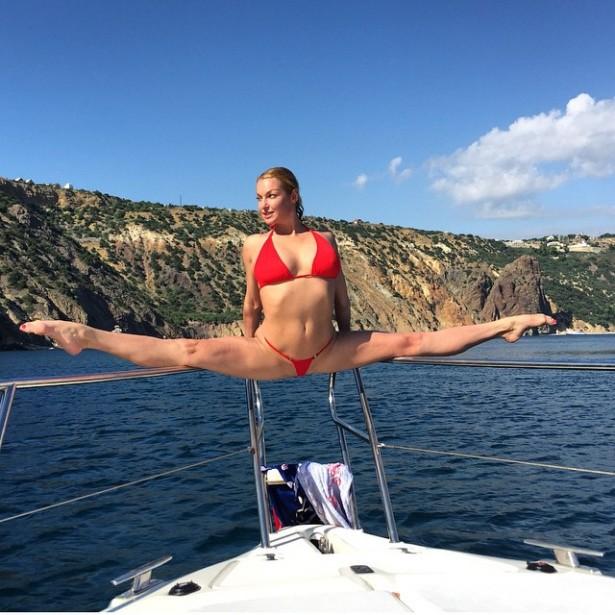 Анастасия Волочкова отдыхает в Крыму
