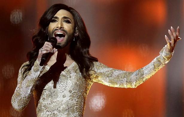 Бородатая певица Кончита Вурст вышла в финал «Евровидения-2014»