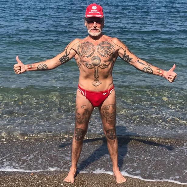58-летний Никита Джигурда в феноменальной форме!