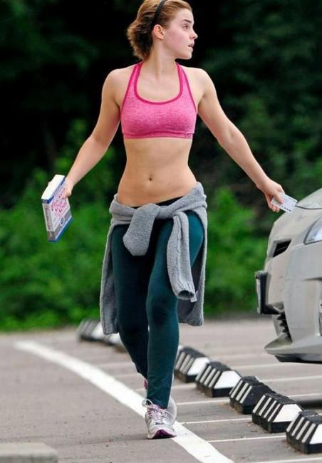 Эмма Уотсон на пробежке
