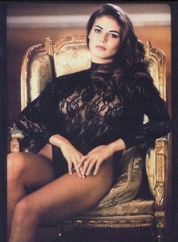 Как выглядела Хайди Клум, когда была 19-летней брюнеткой?