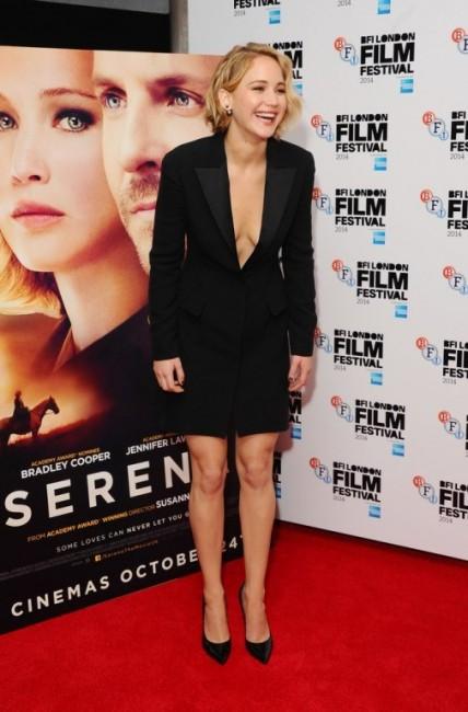 Дженнифер Лоуренс на премьере фильма «Серена» в Лондоне