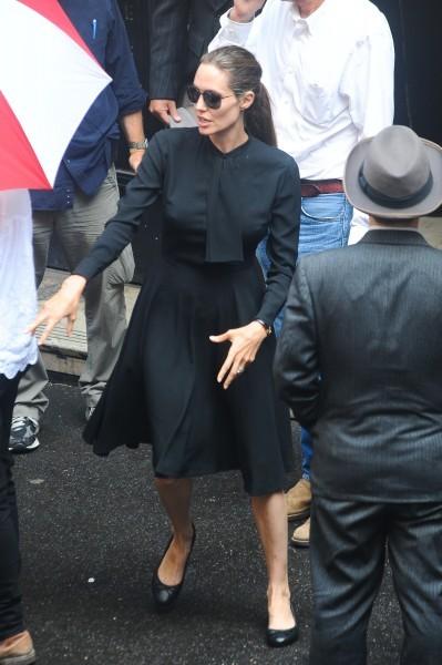 Анджелина Джоли в Сиднее на съемках фильма «Несломленный»