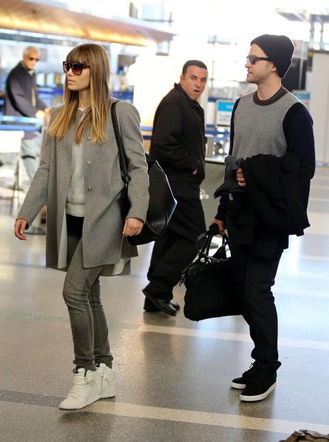Джастин Тимберлейк и Джессика Биль в аэропорту Лос-Анджелеса
