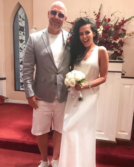 Настя Каменских опубликовала фото тайной свадьбы с Потапом в Лас-Вегасе
