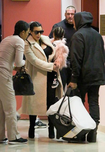 Ким Кардашян впервые появилась на публике после рождения второго ребенка