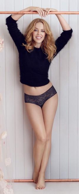 46-летняя Кайли Миноуг в отличной форме