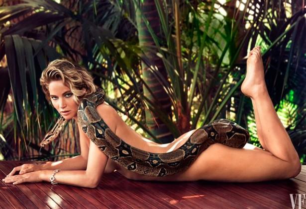 Голая Дженнифер Лоуренс в обнимку с гигантской змеей