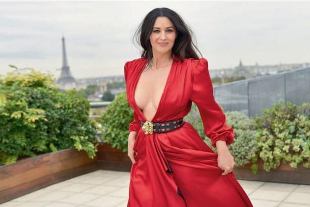 54-летняя Моника Беллуччи в ноябрьском Paris Match
