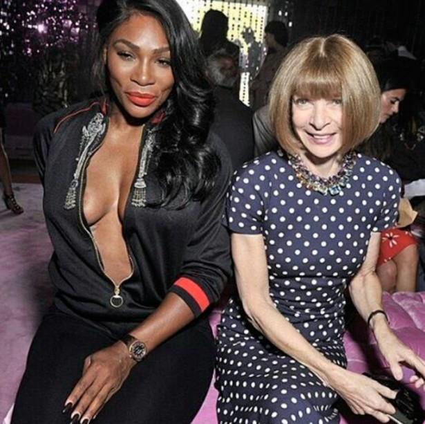 Серена Уильямс показала голую грудь на неделе моды в Милане