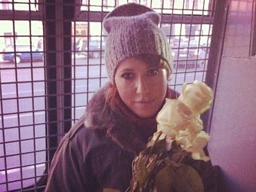 Ксения Собчак в автозаке после участия в митинге