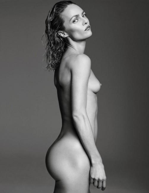 43-летняя Ванесса Паради в журнале Vogue