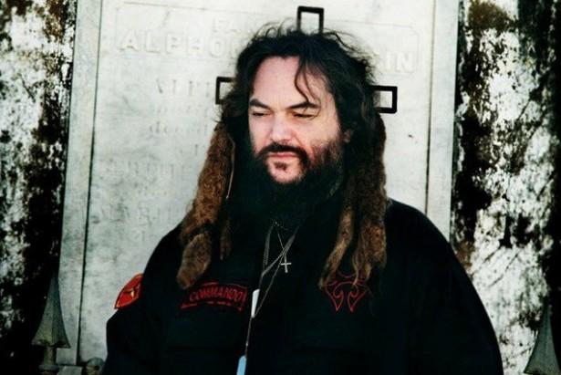 Макс Кавалера