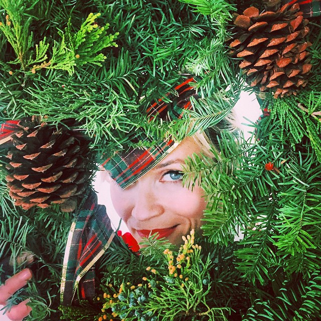 Christmas_2014_Reese_Witherspoon.jpg