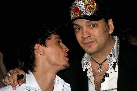 Так встречаются пидарасы гей видео фото 681-603